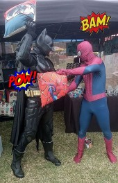 Spiderman__Batman_Pillow_Fight_01_with_text_1500.jpg